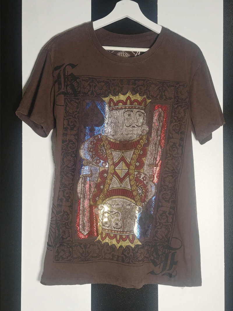 camiseta print all over metalizados marrón